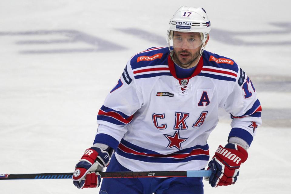 Две шайбы Ковальчука помогли СКА одержать 13-ю победу подряд