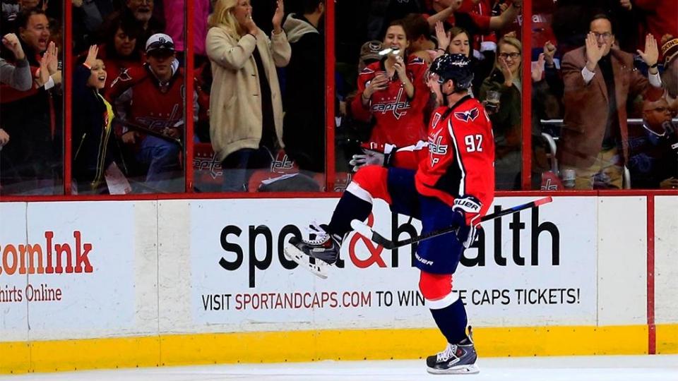 Кузнецов оформил дубль, Анисимов огорчил «Даллас», Седины вошли в историю НХЛ