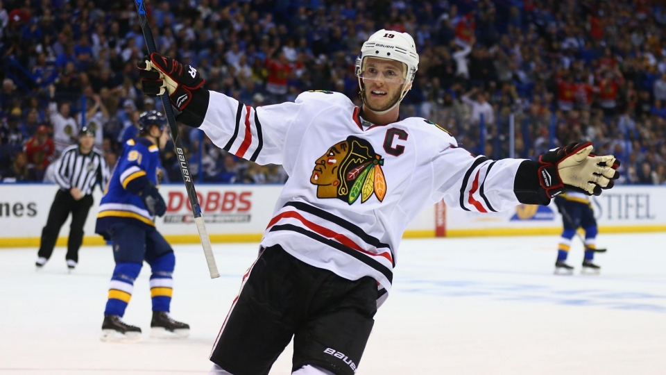 Тэйвз шестым в истории «Чикаго» набрал 800 очков в НХЛ
