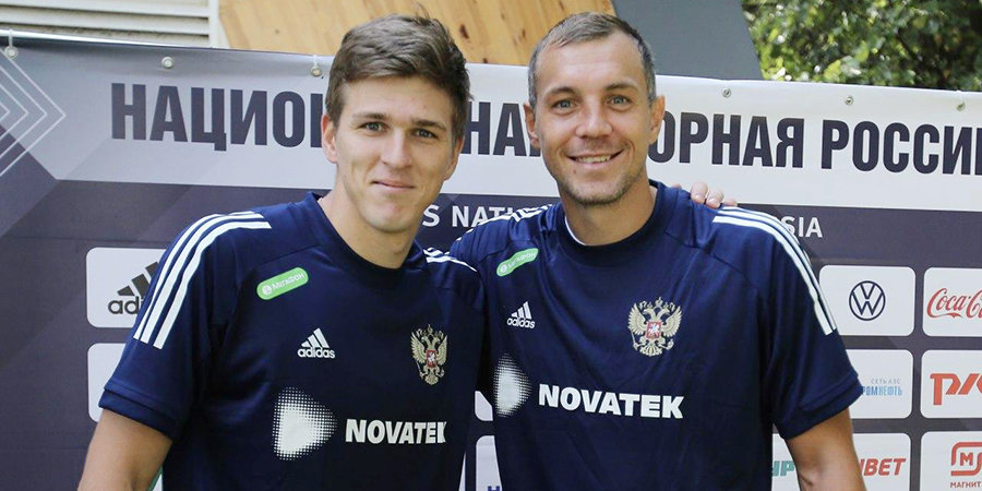 Александр Соболев: «Дзюба проиграл мне в FIFA 580 тысяч отжиманий. Может, со временем подкачается»