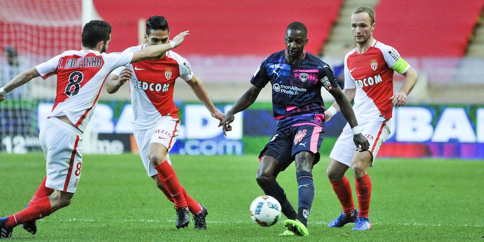 «Монако» без Головина упустил ничью с «Бордо»