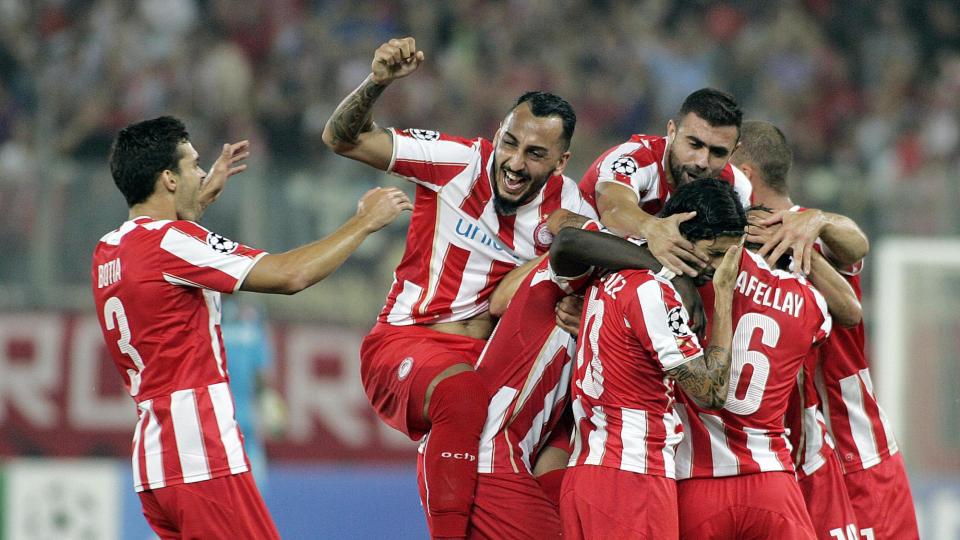 УЕФА оштрафовал «Олимпиакос» на 90 тысяч евро