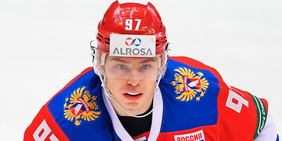 25 игроков сборной России проводят тренировку в преддверии игры с чехами, Гусев работает с командой