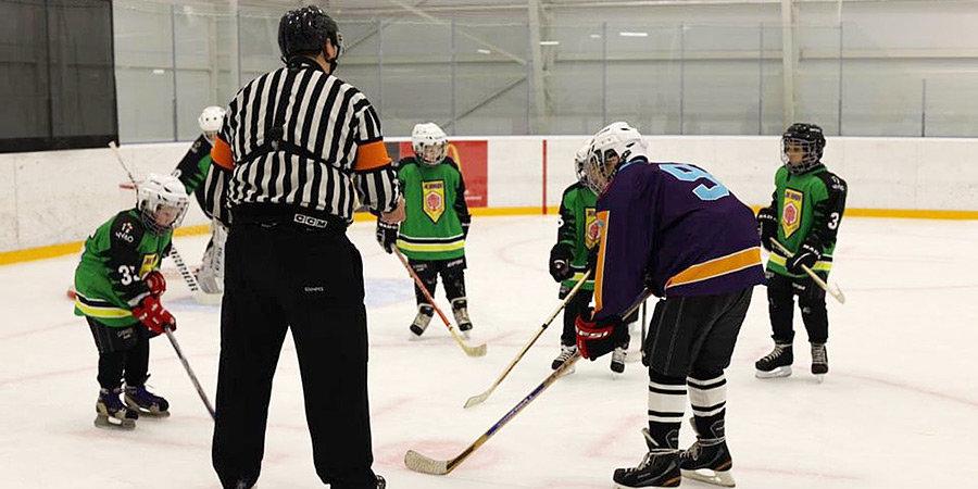 В День хоккея прошел первый в истории России матч среди незрячих команд