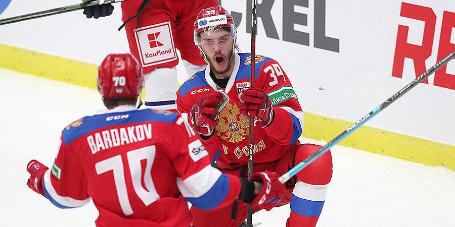 Сборная России проведет товарищеские матчи с Швейцарией и Белоруссией в апреле