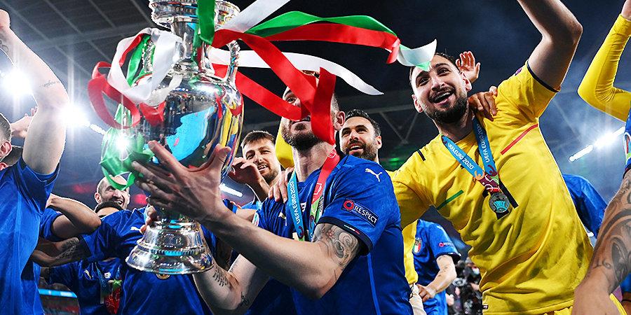 Тренер «Зенита» был в штабе Манчини на победном Евро. Интервью с ним об атмосфере в команде, финале на «Уэмбли» и шутках Инсинье
