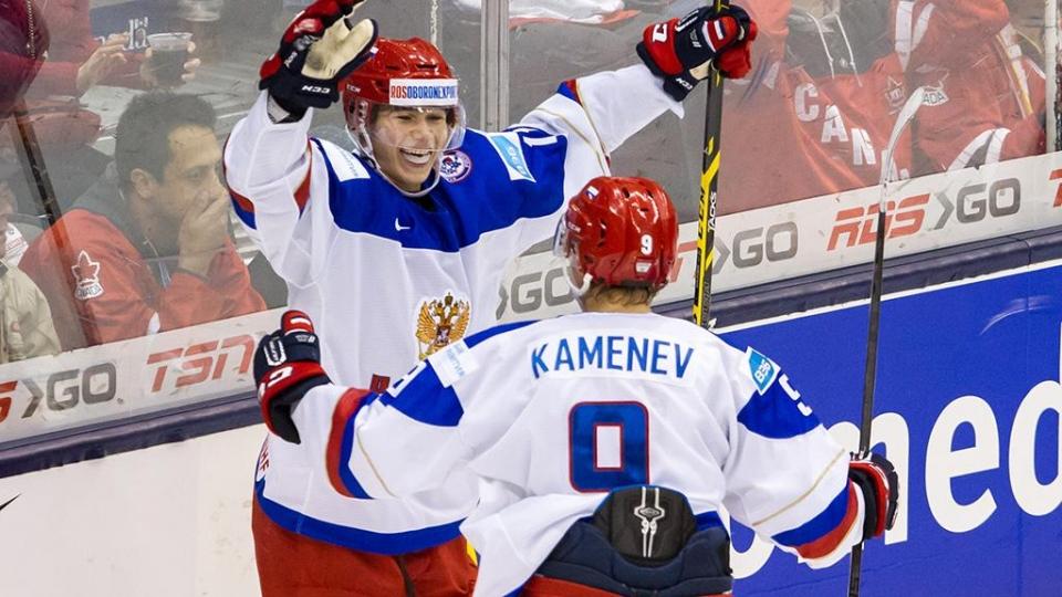 Каменев забросил первую шайбу в НХЛ