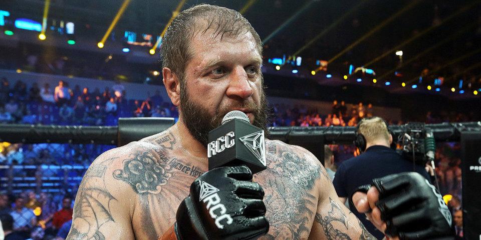 Чемпион ОИ по боксу отказался драться с Емельяненко по правилам MMA