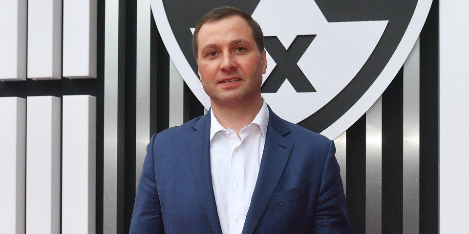 «Меня Овечкин недавно спросил о потолке зарплат в КХЛ. Если он, мол, решит вернуться». Приватный разговор с Алексеем Морозовым