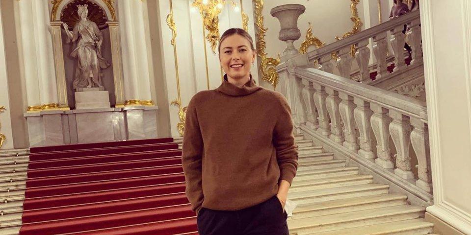 Шарапова восхищается Петербургом, Месси опробовал офисную работу. Что нового у звезд спорта в Instagram?