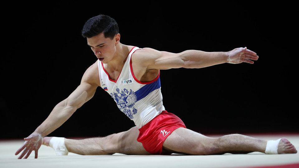 Артур Далалоян стал чемпионом мира в вольных упражнениях
