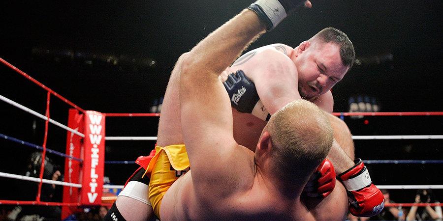 Он провел 320 боев. Но так и не смог вернуться в UFC