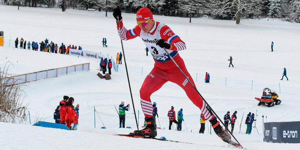Большунов выиграл бронзу в масс-старте на этапе «Тур де Ски» в Валь-ди-Фьемме