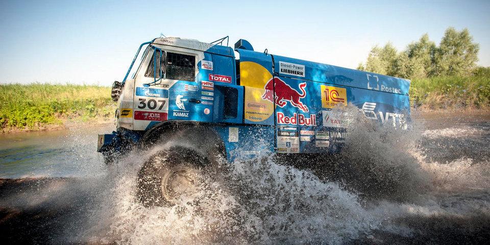 Экипажи «КАМАЗ-мастер» прошли технические проверки на ралли «Дакар-2019»