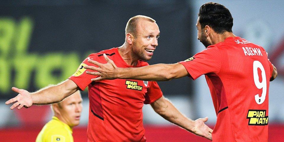 Семак и Шварц претендуют на звание тренера месяца в РПЛ, Дзюба и Глушаков поборются за приз лучшему игроку