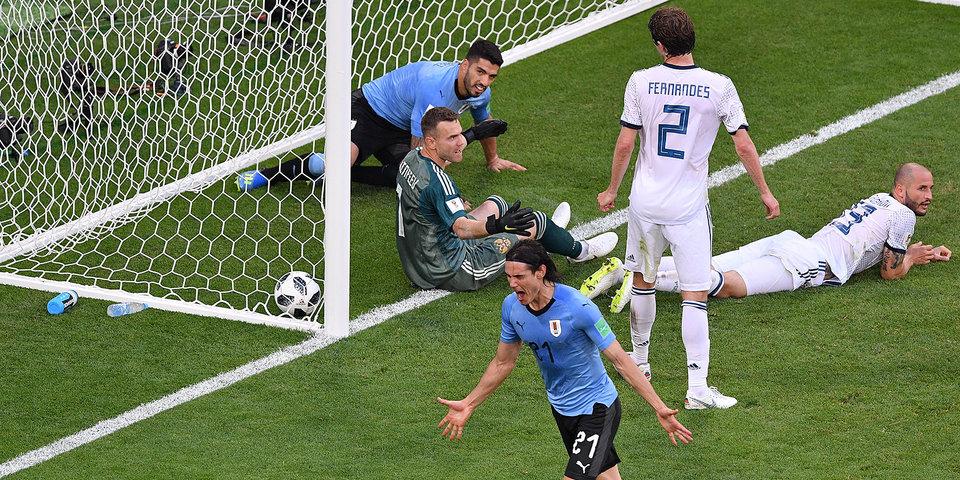 Сборная России в меньшинстве проиграла Уругваю в заключительном матче группового этапа ЧМ