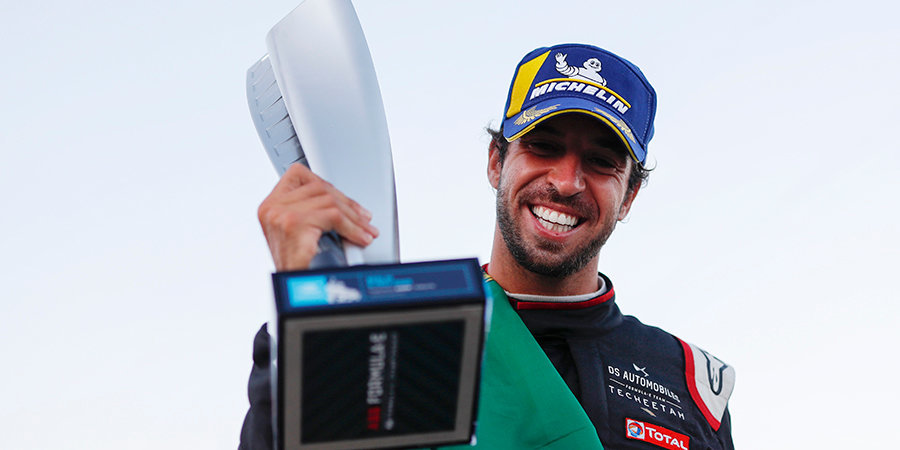 «Лучше быть первым в другой серии, чем десятым в «Ф-1». Чемпион «Формулы-Е» — о прошлом сезоне и перспективах Квята в «электричке»