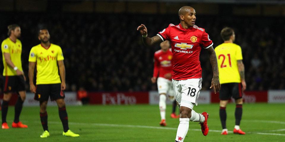 «Манчестер Юнайтед» увез три очка из Уотфорда, «Лестер» одолел «Тоттенхэм»