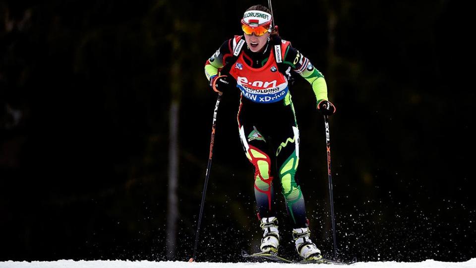 Коукалова самая быстрая в пасьюте, Домрачева показала 7-й ход
