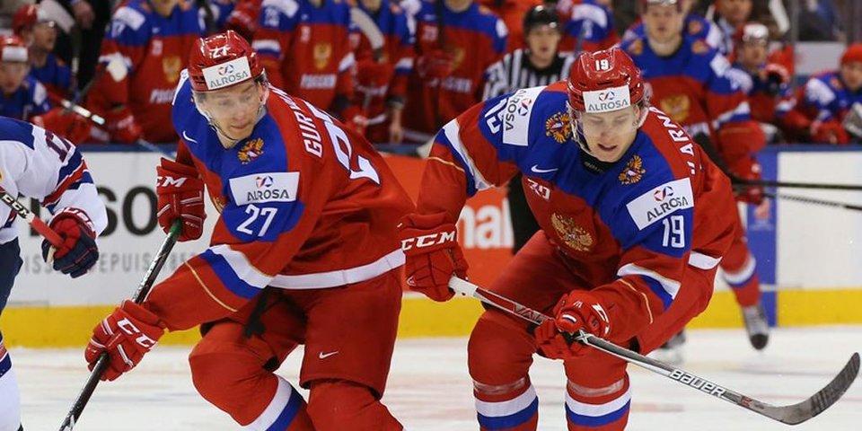 Гол с центра площадки и еще 3 шайбы России в ворота Дании