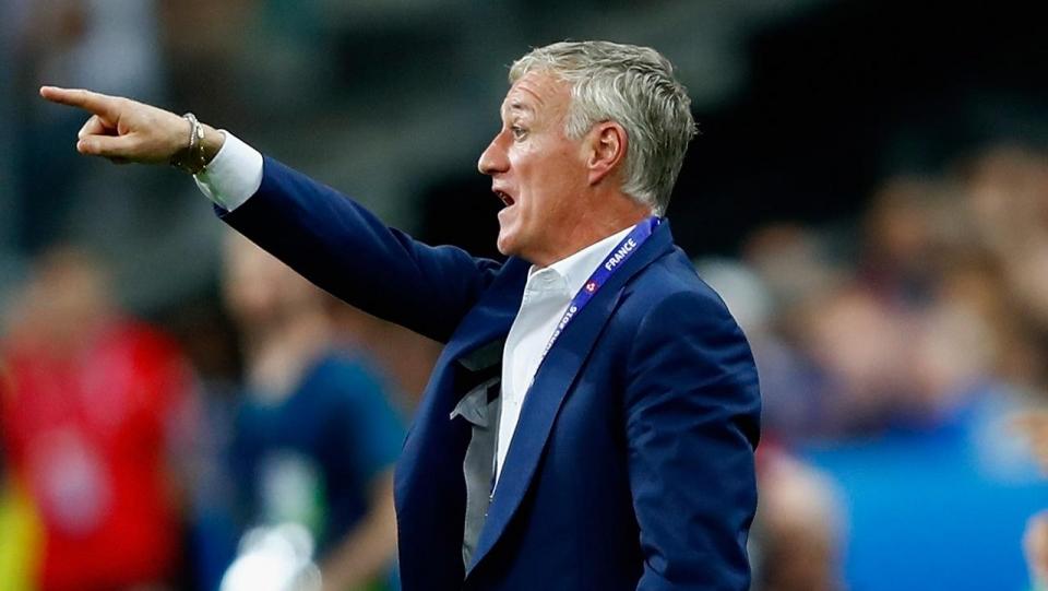 Дешам вызвал двоих новичков на матчи с Уэльсом и Германией