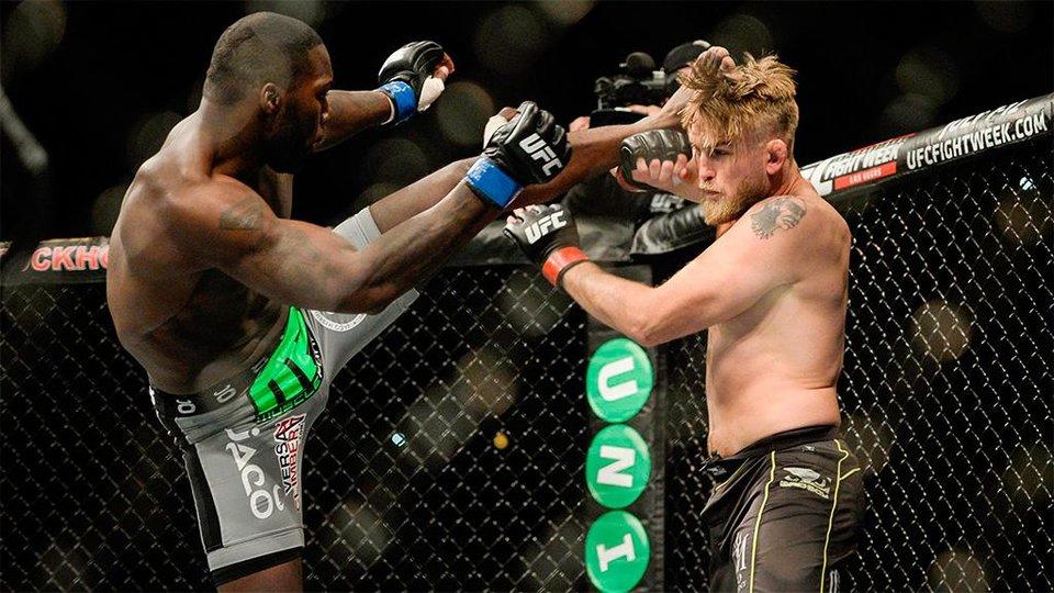 Джонсон рассказал, когда планирует выступить в UFC