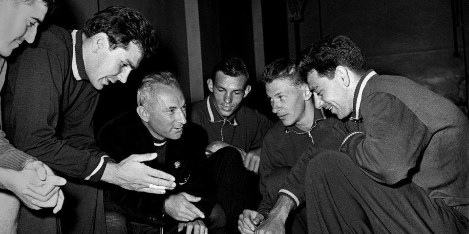 «Честные люди всего мира знают: СССР –чемпион». 60 лет назад наша сборная впервые победила американцев