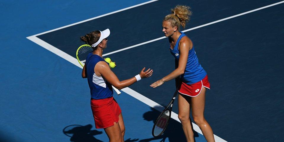 Чешские теннисистки Крейчикова и Синякова выиграли золото Олимпиады в парном разряде