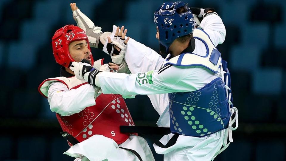 Тхэквондист Краснов выиграл для России четвертое золото Универсиады
