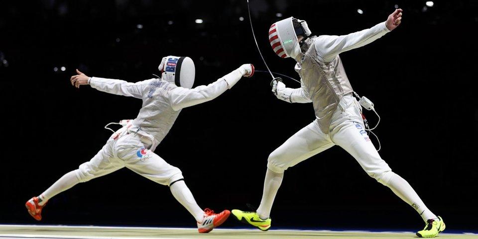 Российские рапиристы вышли в финал командного первенства на ОИ