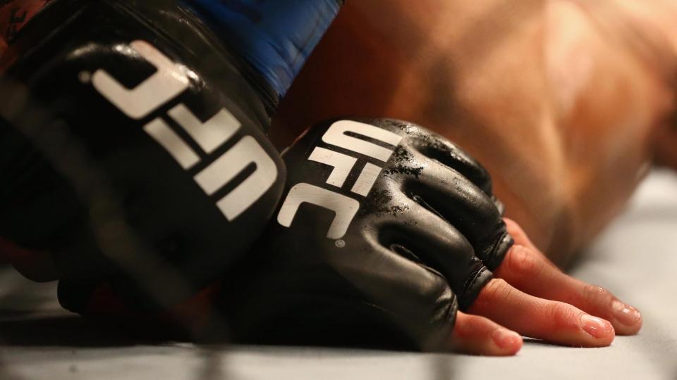 Соперник россиянина Сафарова в UFC провалил допинг-тест