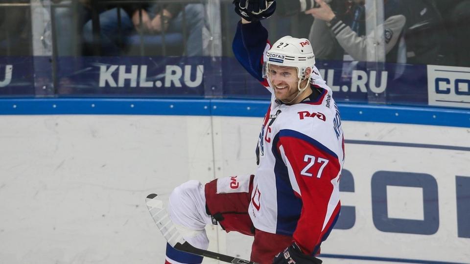 Капитан «Локомотива» Кронвалль объявил о завершении карьеры