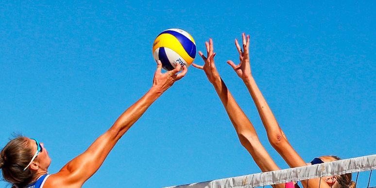 Женская сборная России вышла в финал Кубка Европы по пляжному волейболу