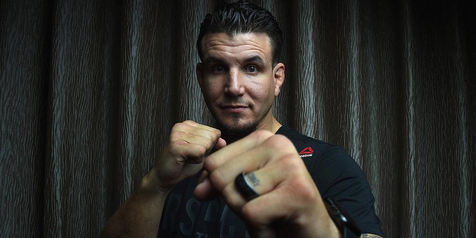 Экс-чемпион UFC Фрэнк Мир подписал контракт с Bellator