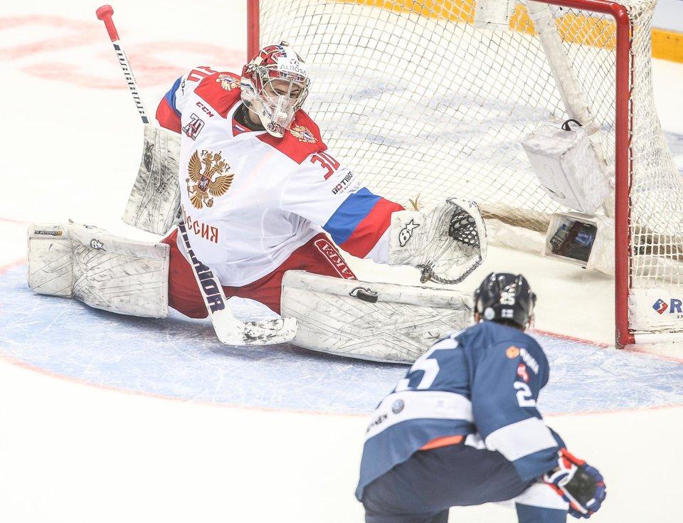 Россия проиграла Финляндии в первом матче Евротура