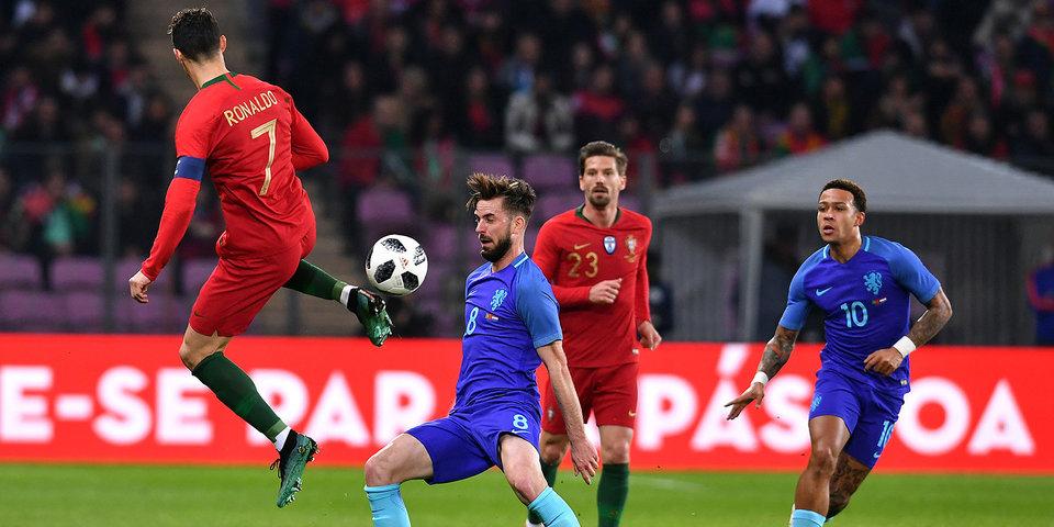 Голландцы забивают первые голы при тренере Кумане. Сразу три