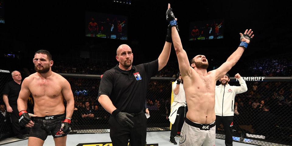 Россиянин Сафаров одержал победу на турнире UFC в Лондоне
