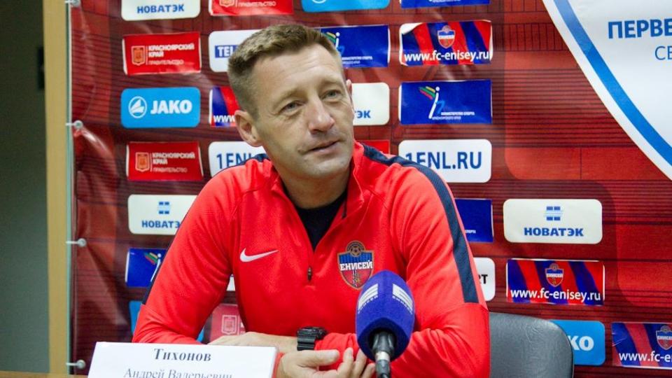 В «Крыльях» хотят видеть главным тренером Тихонова