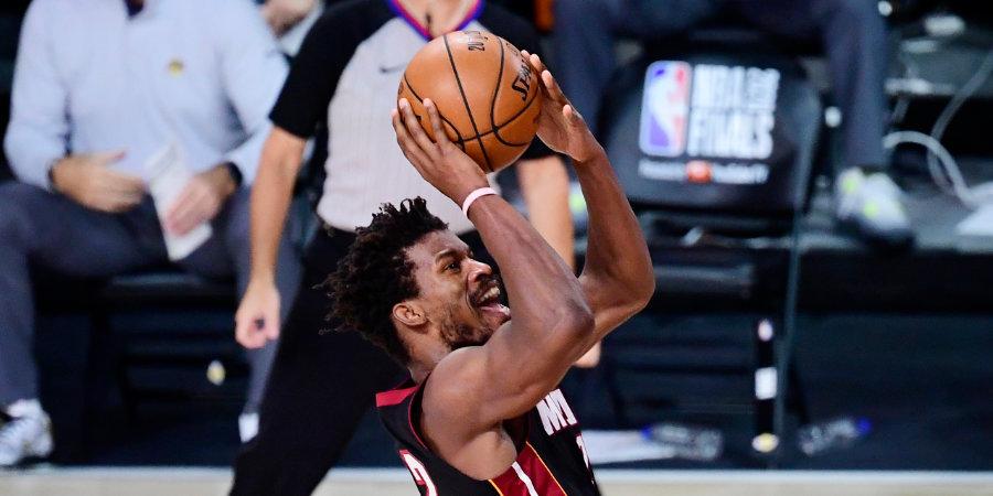 «Майами» обыграл «Лейкерс» и перевел серию финала НБА в шестой матч, Батлер оформил трипл-дабл