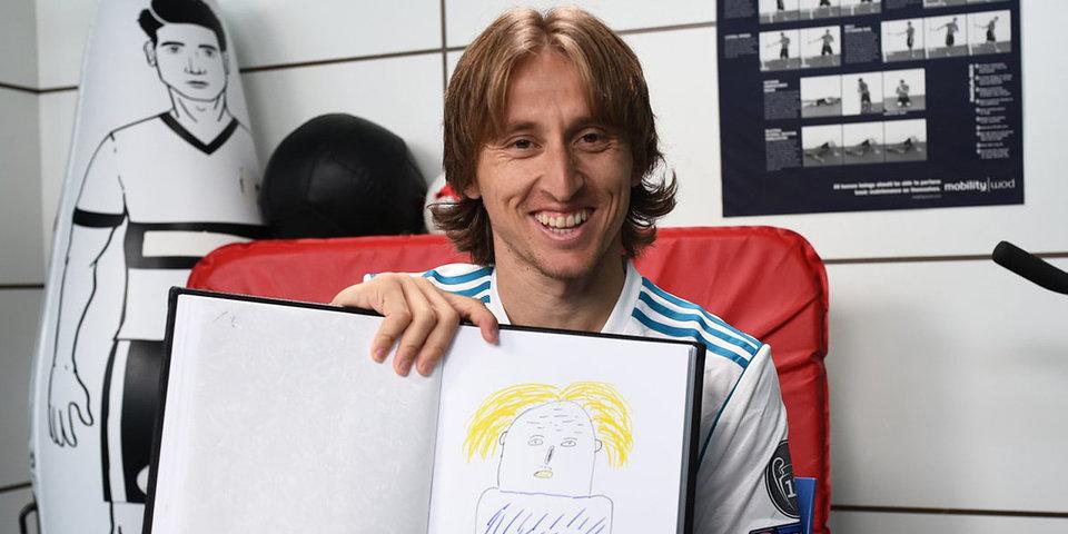 Финалисты Лиги чемпионов рисуют автопортреты. У кого получилось лучше?