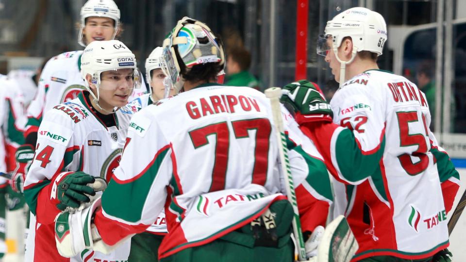 «Ак Барс» в Казани одолел «Сибирь», Ткачев отличился в четвертом матче кряду