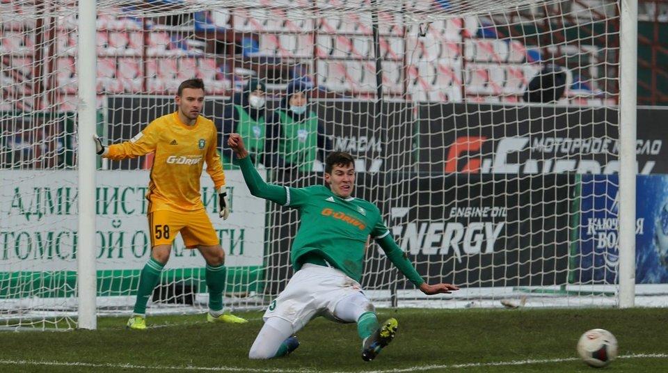 Рекордсмен «Зенита-2» по числу сыгранных матчей Зуев перешел в «Акрон»
