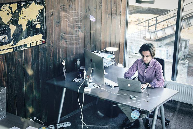Максим Древаль. Интервью с сооснователем Нетологии и Фоксфорда о его новом проекте MoreMMR и перспективах обучения в киберспорте