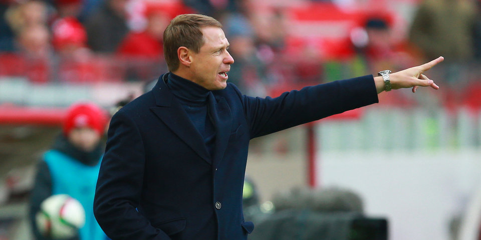 Олег Кононов: «Никому не могу гарантировать попадание в стартовый состав, тем более Глушакову»