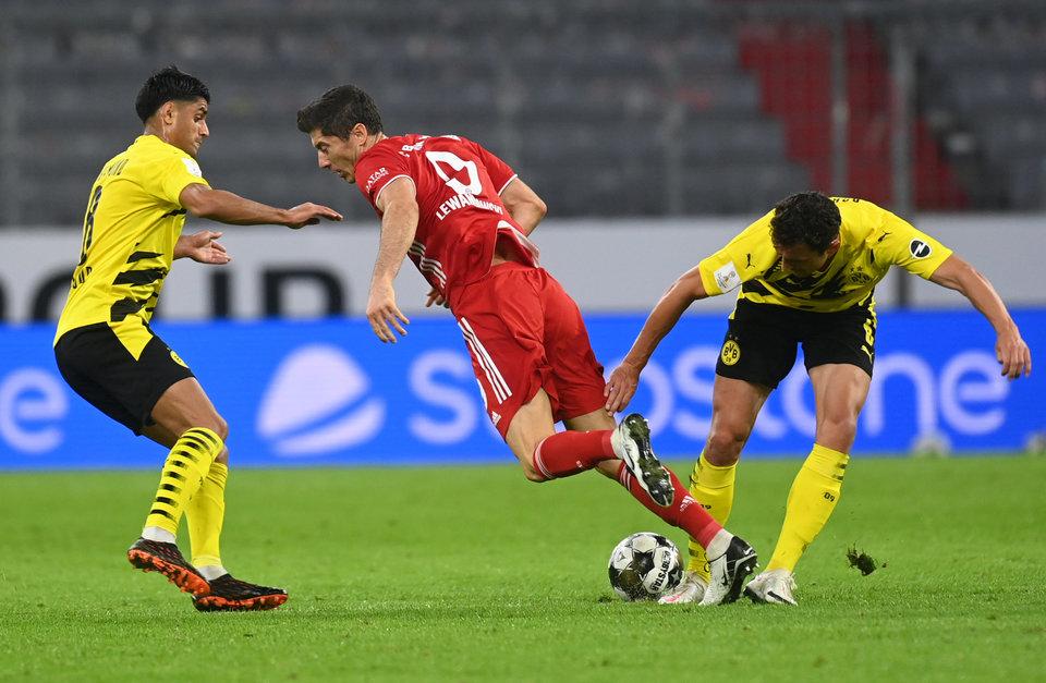 Матч Суперкубка Германии не был показан в Иране из-за женщины-арбитра