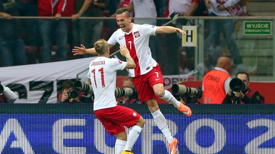 Польша завоевала путевку на ЧМ-2018, Дания сыграет в стыковых матчах