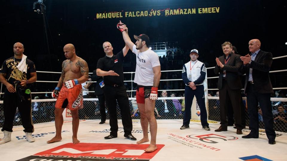 Эмеев дебютирует в UFC 21 октября на турнире в Польше