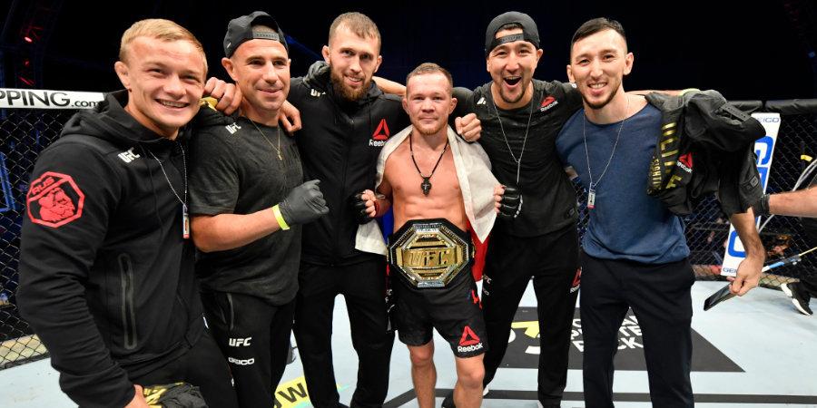 Петра Яна тренирует боксер из Ирландии. Спросили его — про бой с Алдо, английский чемпиона UFC и бойцов из Дагестана