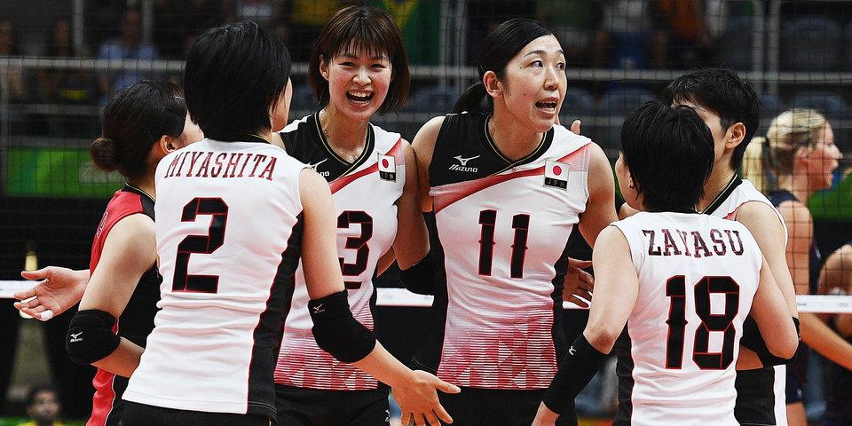 Японки победили Сербию, уступая 0:2 по сетам