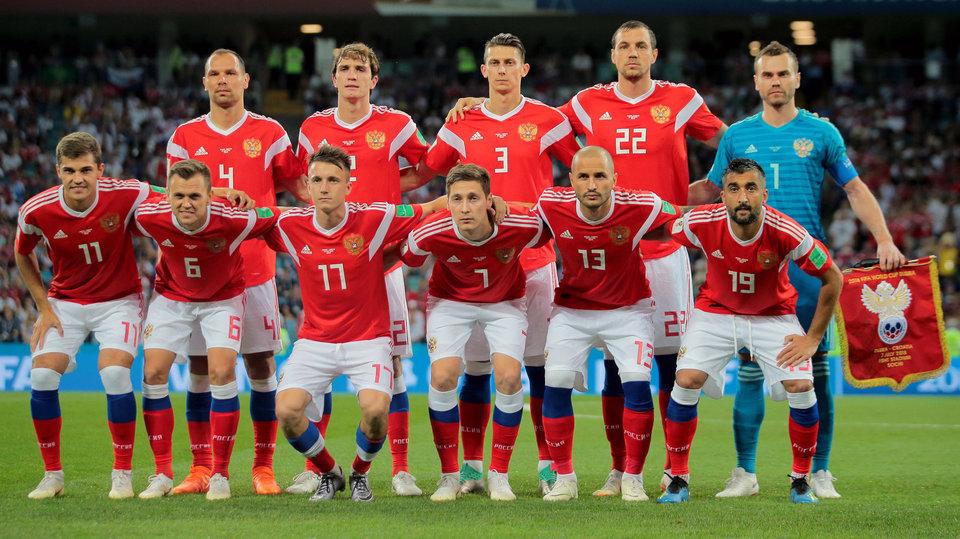 Футболисты сборной России прибыли в Министерство спорта РФ